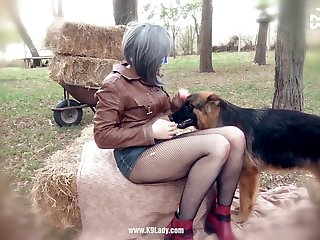 Amateur Dog porn Fucked 010